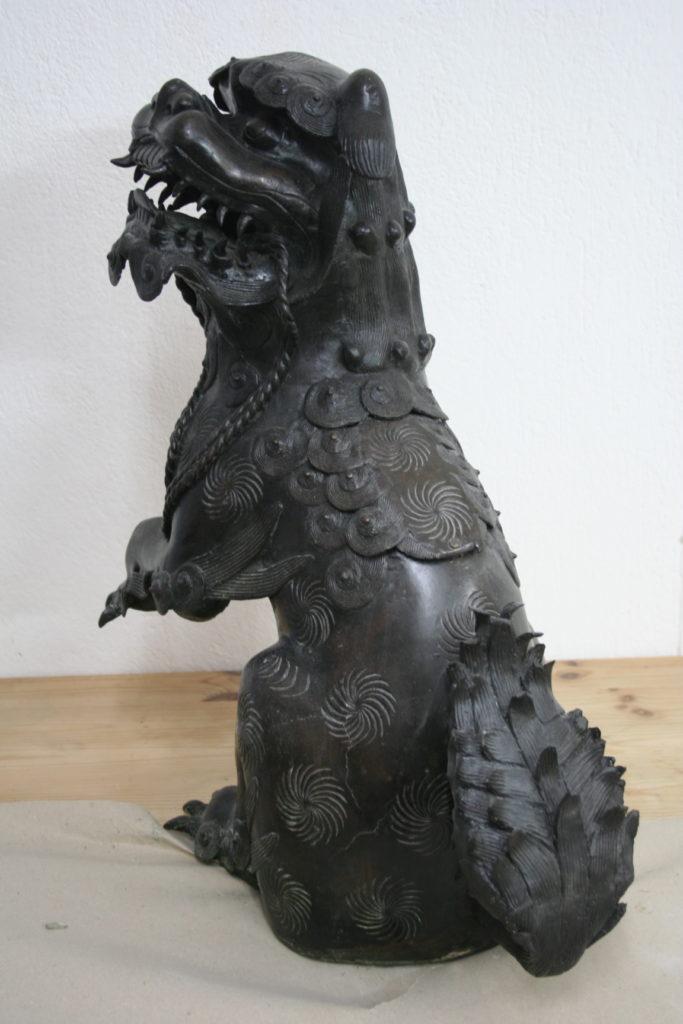 N. 2) Restaurierung von Skulpturen, Asien, Metall, 19. Jahrhundert