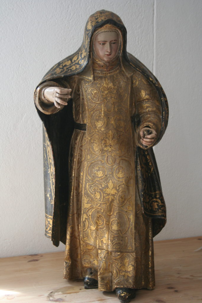 N. 3) Restaurierung von Skulpturen, Heiligenfigur aus Holz, Spanien, 17. Jahrhundert