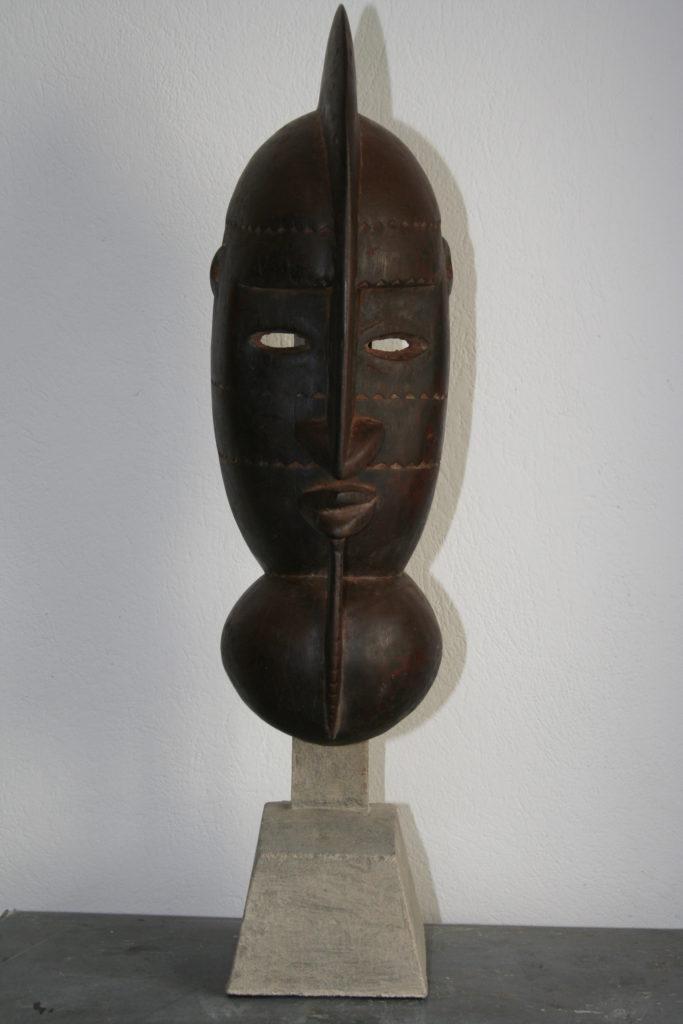 N. 5) Restaurierung von Skulpturen, Afrikanische Maske, 19. Jahrhundert